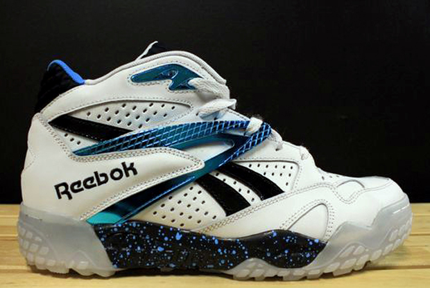 Reebok - Scrimmage 'White/Metallic Blue'