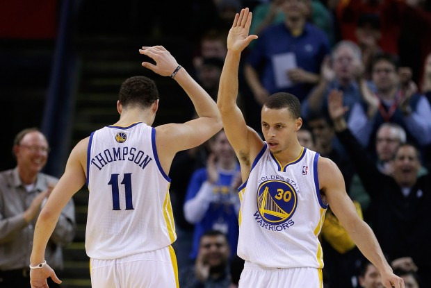 Klay Thompson y Stephen Curry./ Getty Images