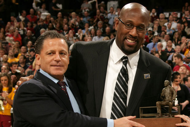 Dan Gilbert y Mike Brown./ Getty Images