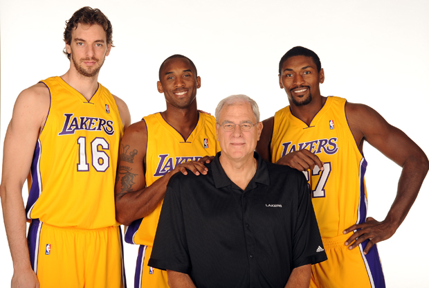 Phil Jackson, Pau Gasol, Kobe Bryant y Metta World Peace./ Getty Images