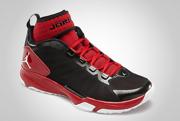 Jordan – Trunner Dominate Pro 'Black/White/Gym Red'