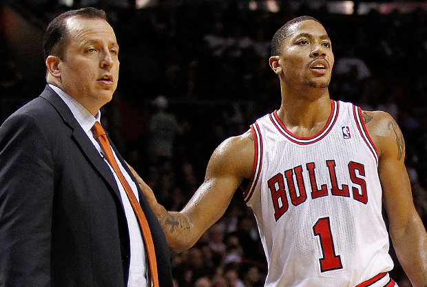 Tom Thibodeau y Derrick Rose./ Getty Images