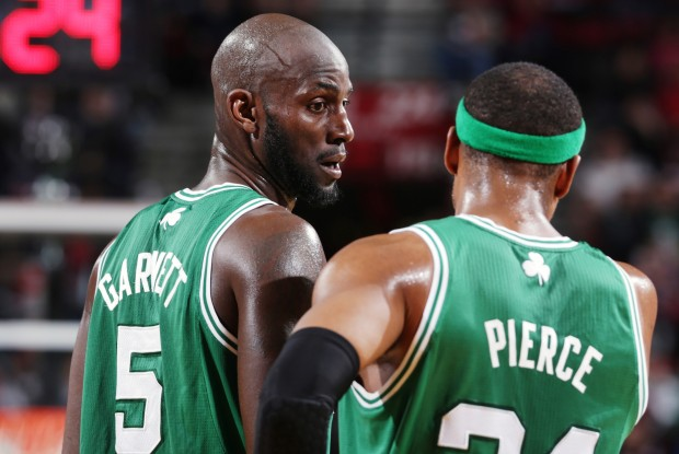 Kevin Garnett y Paul Pierce./ Getty Images