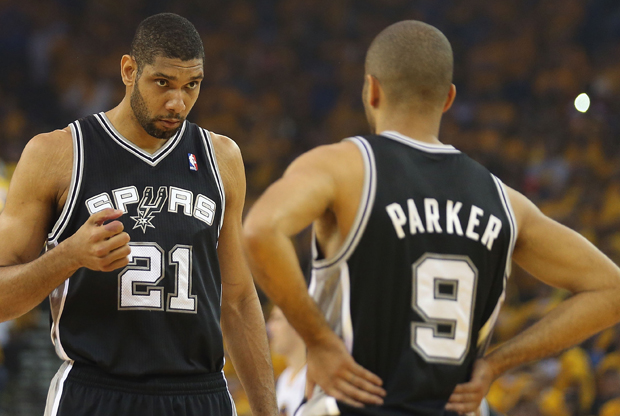 Tim Duncan y Tony Parker./ Getty Images