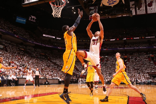 Roy Hibbert y Shane Battier./ Getty Images