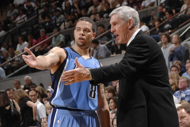 Deron williams y Jerry Sloan./ Getty Images