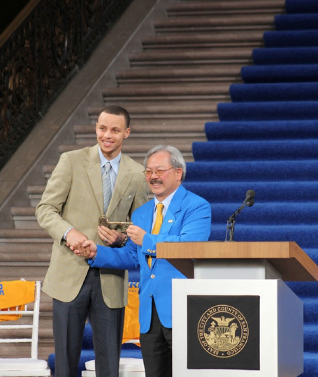 Stephen Curry y Ed Lee