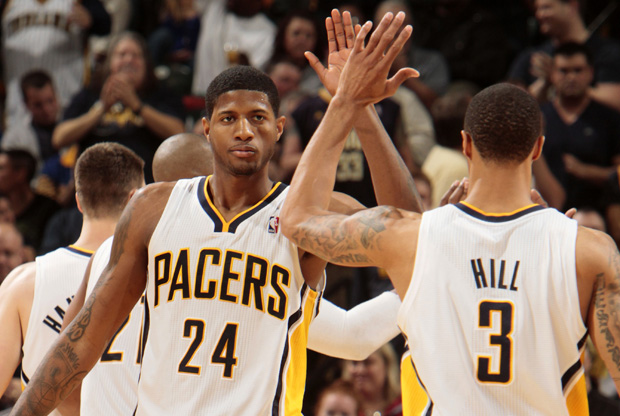 Paul George y George Hill./ Getty Images