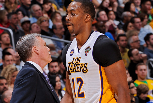 Mike D'Antoni y Dwight Howard./ Getty Images