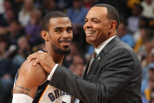 Mike Conley y Lionel Hollins./ Getty Images