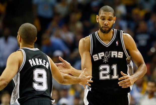 Tony Parker y Tim Duncan./ Getty Images