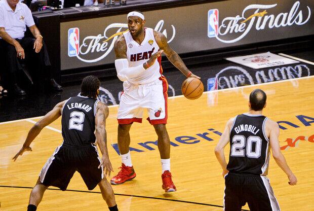 LeBron James, Kawhi Leonard y Manu Ginóbili./ Getty Images