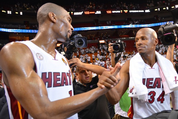 Chris Bosh y Ray Allen./ Getty Images