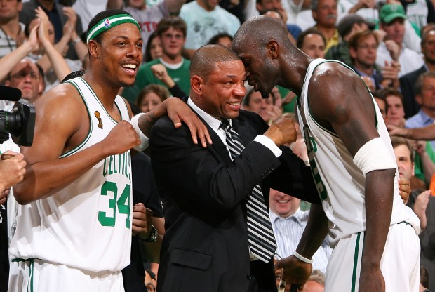 Paul Pierce, Doc Rivers y Kevin Garnett./ Getty Images