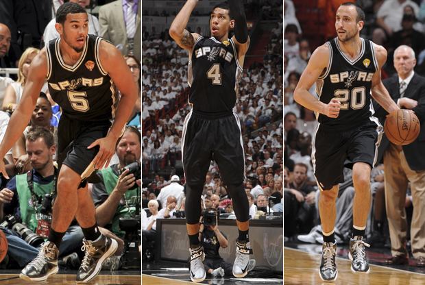 Cory Joseph, Danny Green y Manu Ginóbili./ Getty Images