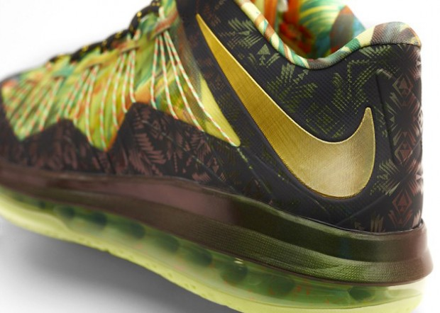 Nike - LeBron X 'Back To Back Hero Pack'