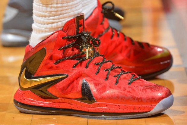 Nike - LeBron X 'Red & Gold'