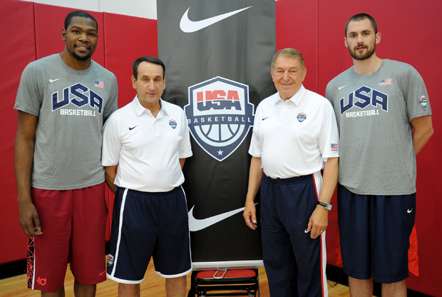 Kevin Durant, Mike Krzyzewski, Jerry Colangelo y Kevin Love./ Getty Images