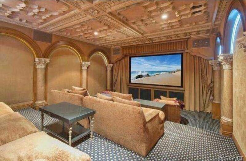Kobe Bryant pone su mansión a la venta