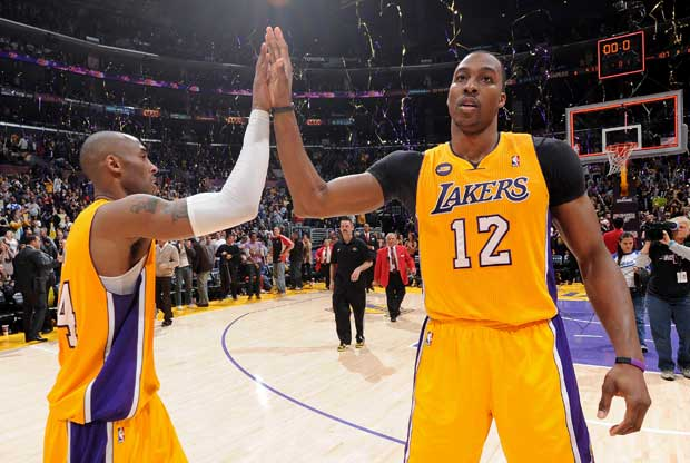 Kobe Bryant y Dwight Howard / Getty Images