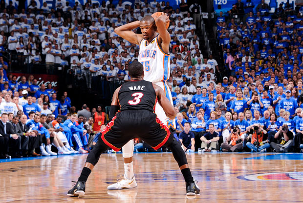Kevin Durant y Dwyane Wade / Getty Images
