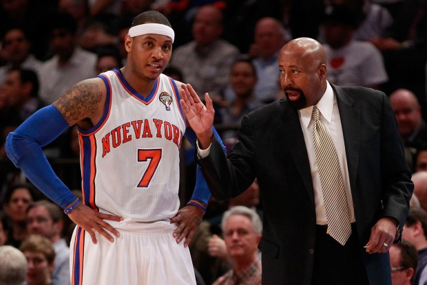 Carmelo Anthony y Mike Woodson./ Getty Images