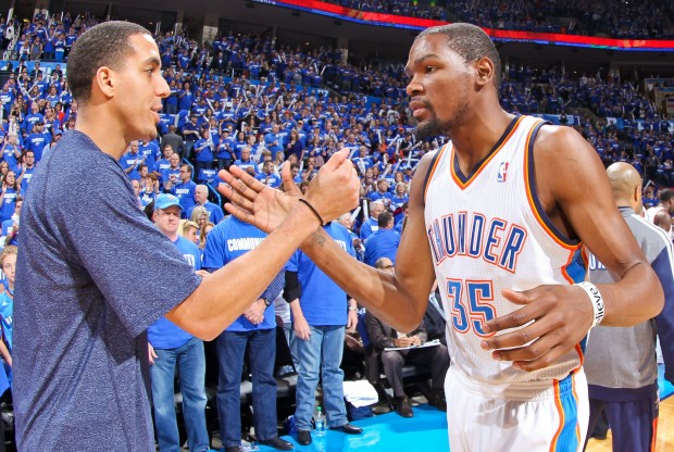 Kevin Martin y Kevin Durant./ Getty Images
