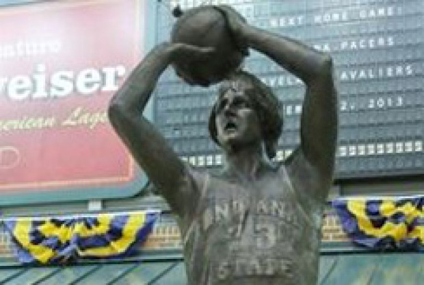 Estatua Larry Bird./ Getty Images