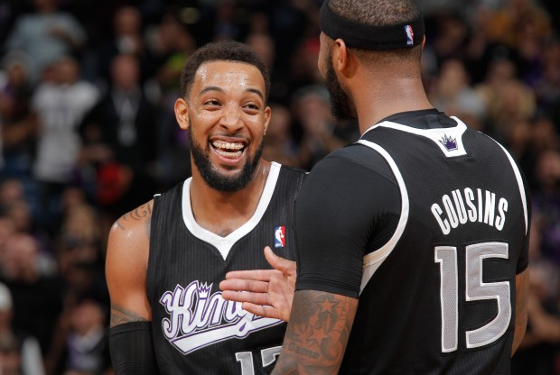 Derrick Williams y DeMarcus Cousins./ Getty Images