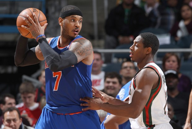 Carmelo Anthony y Brandon Knight./ Getty Images