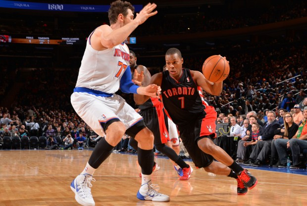 Kyle Lowry y Andrea Bargnani./ Getty Images