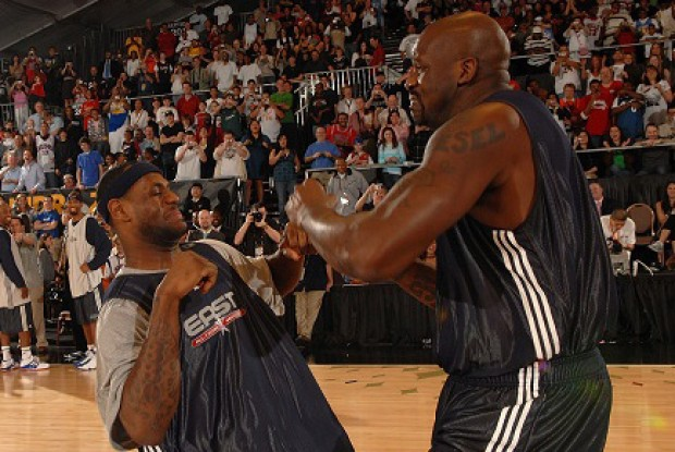 LeBron James y Shaquille O'Neal./ Getty Images