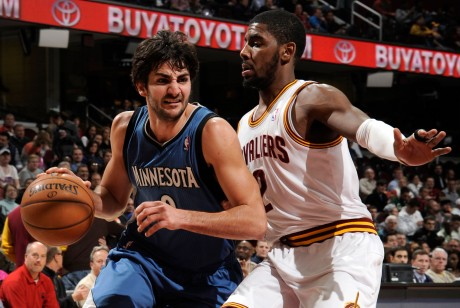 Ricky Rubio y Kyrie Irving./ Getty Images