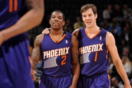 Eric Bledsoe y Goran Dragic./ Getty Images