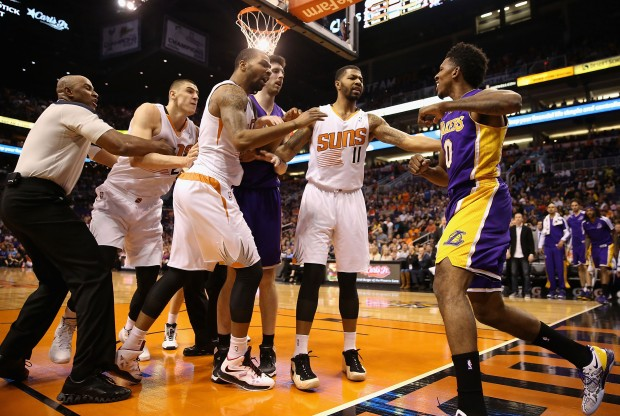 Nick Young vs. Phoenix Suns./ Getty Images