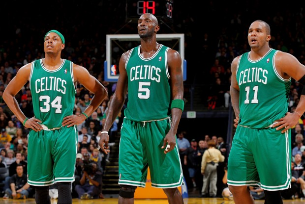 Paul Pierce, Kevin Garnett y Glen Davis./ Getty Images