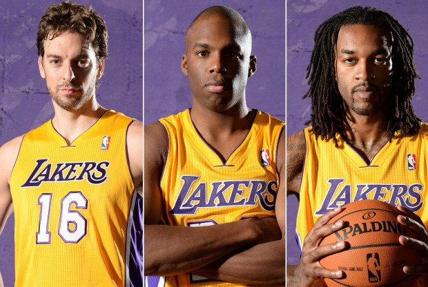 Pau Gasol, Jodie Meeks y Jordan Hill./ Getty Images