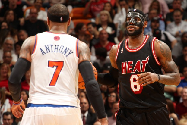 LeBron James y Carmelo Anthony./ Getty Images