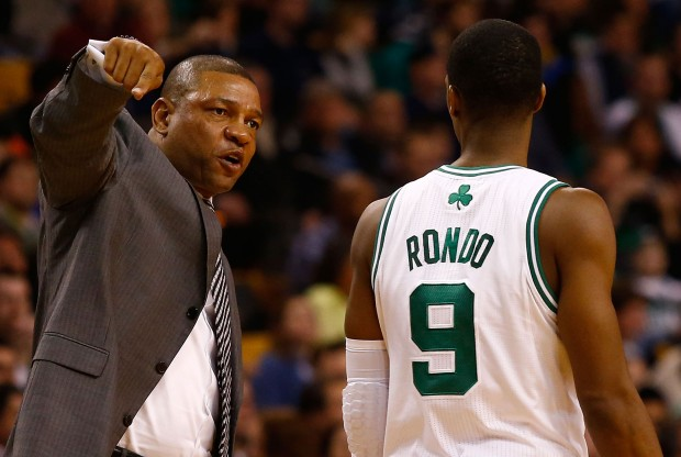 Rajon Rondo y Doc Rivers./ Getty Images
