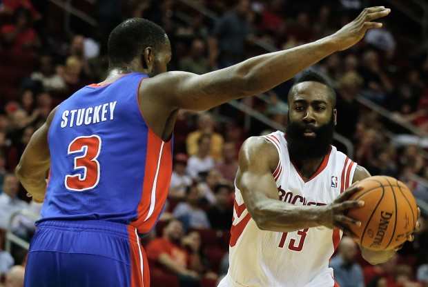 James Harden y Rodney Stuckey./ Getty Images