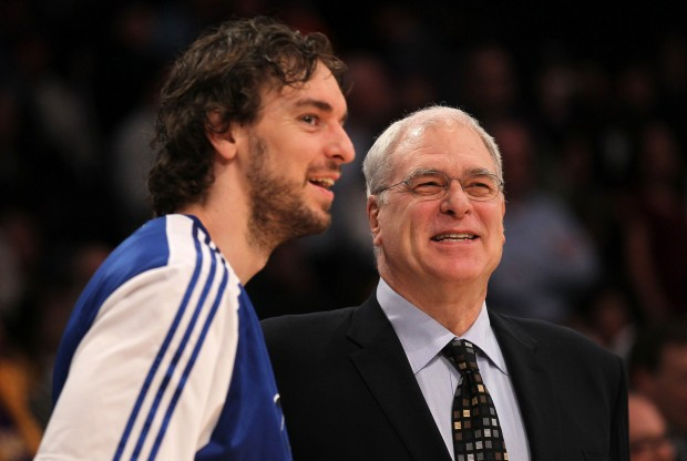 Pau Gasol y Phil Jackson./ Getty Images