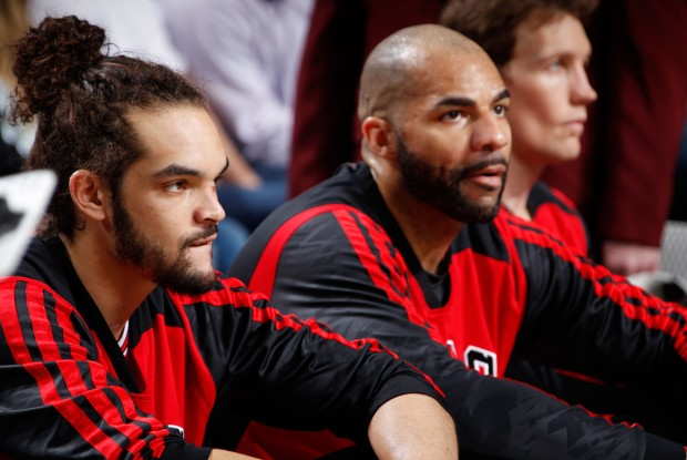 Joakim Noah y Carlos Boozer./ Getty Images