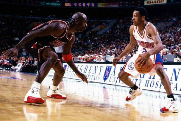 Michael Jordan y Allen Iverson./ Getty Images