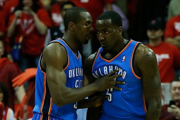 Serge Ibaka y Kendrick Perkins./ Getty Images