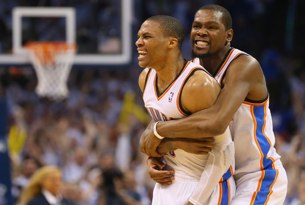 Russell Westbrook y Kevin Durant / Getty Images
