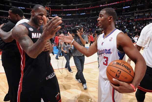 LeBron James y Chris Paul / Getty Images
