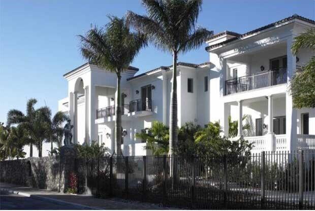 Casa de LeBron James / Haute Residence