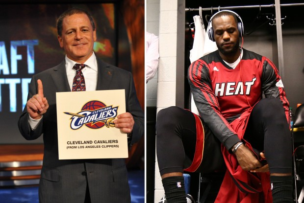 Dan Gilbert y LeBron James./ Getty Images