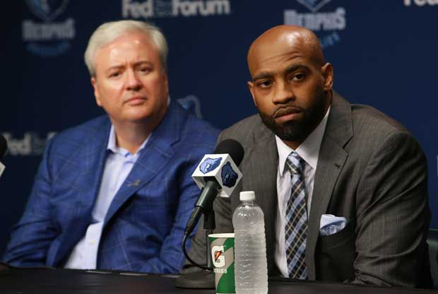Chris Wallace y Vince Carter / Getty Images