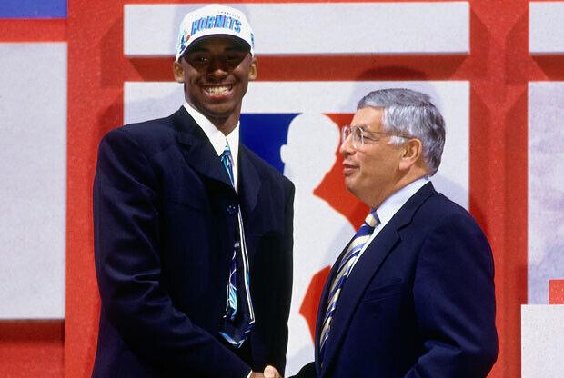 Kobe Bryant y David Stern / Getty Images